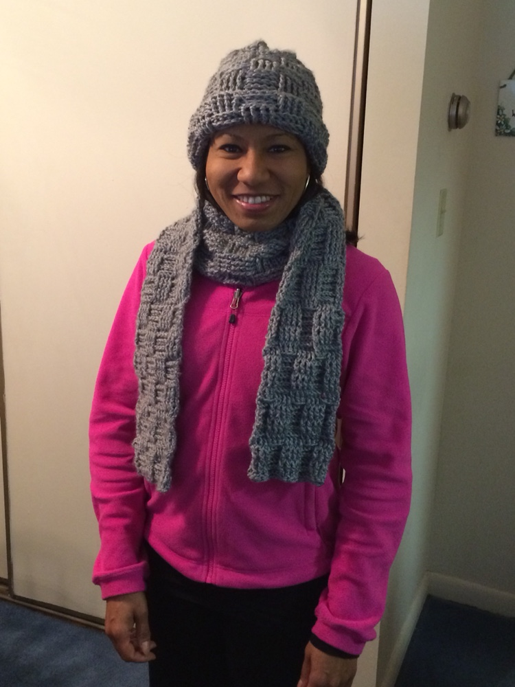 Turquoise shows off her new hat and scarf